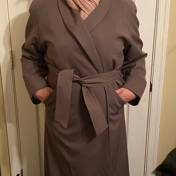 Whaling Manufactoring Co Inc trench coat